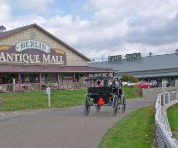 Schrock's Amish Farm and Village